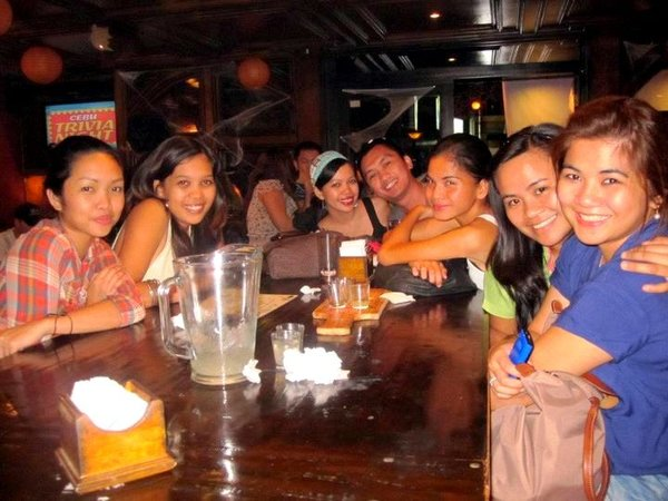 cebu trivia night