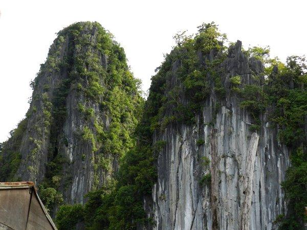 taraw cliff