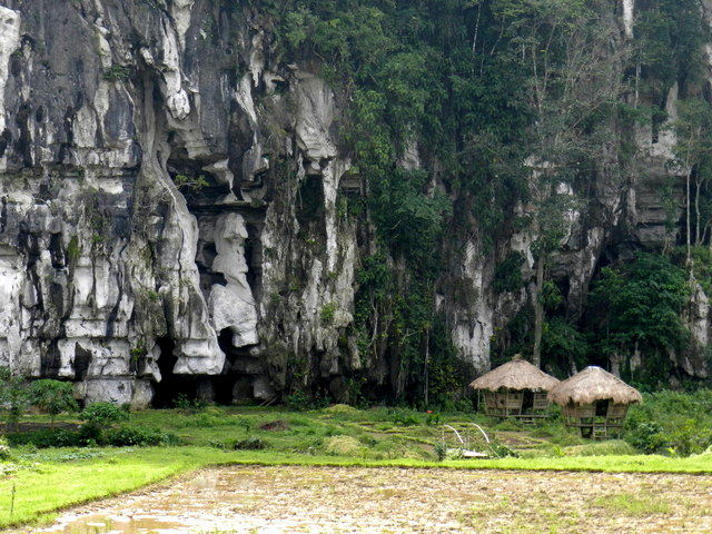 karst mountain elephant cave
